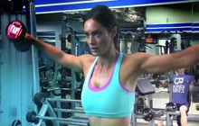 Emily Syke work out