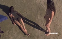 Regina Nemni and Luisa Ranieri nude on the beach