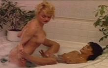 Lesbian celebs bathing together