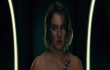 Shailene Woodley completely nude in Allegiant